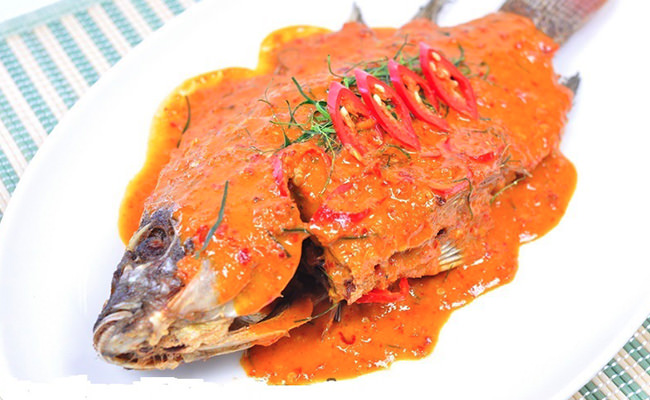 Red Curry Fried Fish